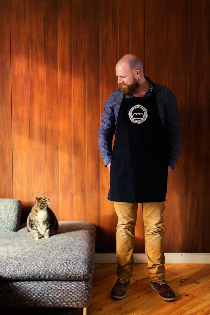 Youri Penders van MoetMoet en zijn kat