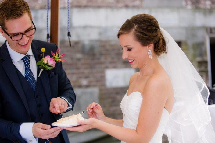 bruidstaart eerste hapje